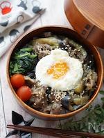 【15分弁当】牛肉とナスのピリ辛みそ弁当