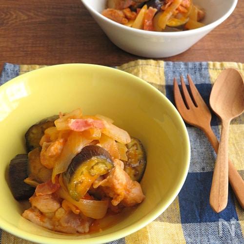 野菜ジュースで♪鶏肉となすのトマト煮込み