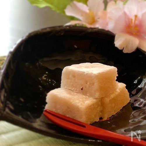 桜の花香る 手作り羽二重餅