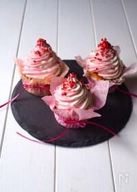 『紅白カップケーキ』