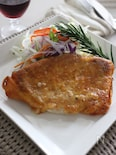 豚のソテー、カリカリチーズ焼き