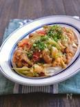鶏肉とキャベツのトマたま炒め