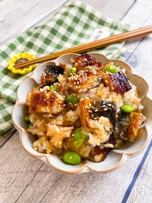 夏バテ防止に☆鰻と枝豆の混ぜごはん