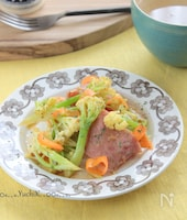 カリフローレとハムのあたたかサラダ§5分で簡単!デリの味