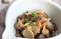 新ショウガをたっぷりと使った豚こんにゃくの炒め煮