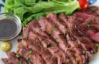 【わさびがよく合う】濃厚バルサミコソースの牛ステーキ!