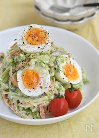 『キャベツと卵のデリ風サラダ』