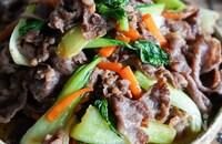 簡単!激うま♡牛肉と青梗菜のオイスターソース炒め