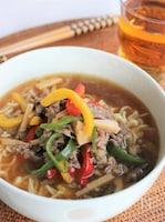 インスタントラーメンで作る青椒肉絲麺