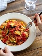 ズッキーニとトマトのスパゲッティ。生トマトで!夏のランチに。