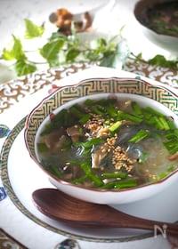 『【レンジで2分】ニラとザーサイの春雨即席スープ』