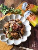 『秋のおつまみ♡』鶏ときのこのガリバタぽん酢炒め