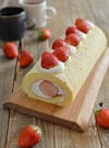 いちごのロールケーキ。別立てでふんわり!春らしいスイーツ♪