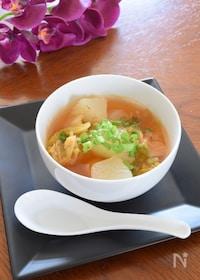 『夏のピリ辛スープ☆冬瓜とキムチのスープ』
