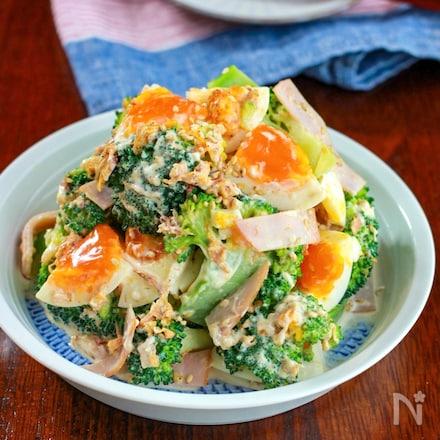 【ブロッコリーと卵のおかか胡麻ポンサラダ】たっぷりごま香る