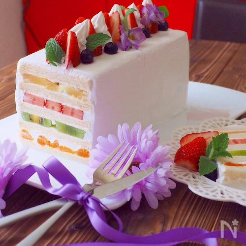 食パンでフルーツサンドケーキ