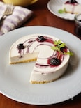 Wブルーベリーソースの豆腐レアチーズケーキ