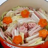 白だし一本でOK!白菜と豚肉のミルフィーユ鍋