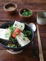 明太高菜豆腐丼。