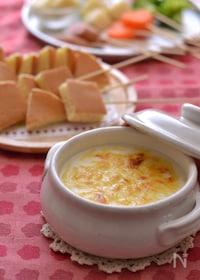『ホットケーキでチーズクリームソースフォンデュ』