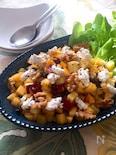 スプーンでモリモリ食べられる♡柿とさつまいものサラダ