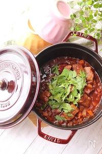 【STAUB】豚バラ肉のトマト煮込み