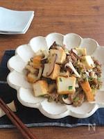 食欲UP☆きのこと厚揚げとひき肉のピリ辛しょうが醤油炒め