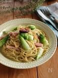 蕾菜とベーコンのペペロンチーノ