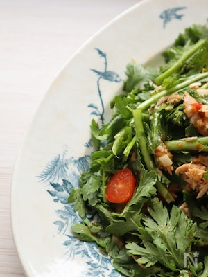 春菊とツナのピリ辛サラダ
