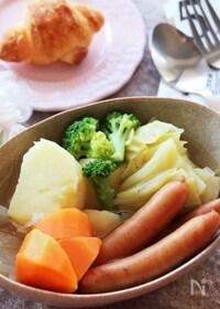 『野菜の旨味たっぷり♡お鍋でコトコト煮込む我が家のバターポトフ』