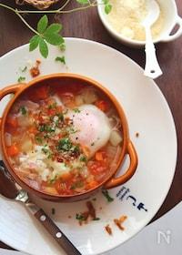 『残り野菜と落とし卵のスープ。』