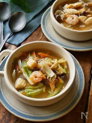 電子レンジだけ調理【スパイスとハーブ香る食べるスープ】