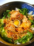 野菜たっぷり韓国風ピリ辛焼き肉丼