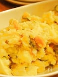 燻製卵で作る、燻製ポテトサラダ