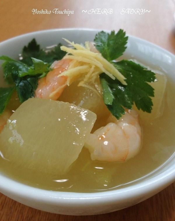 「冬瓜」の人気レシピ34選!煮物、スープ、サラダ…どれを作る?の画像