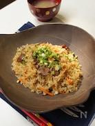玄米と根菜の炊き込みご飯