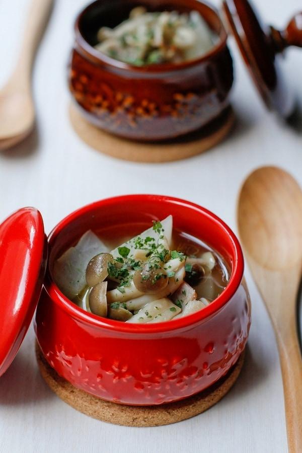 きのこと大根とベーコンのスープ