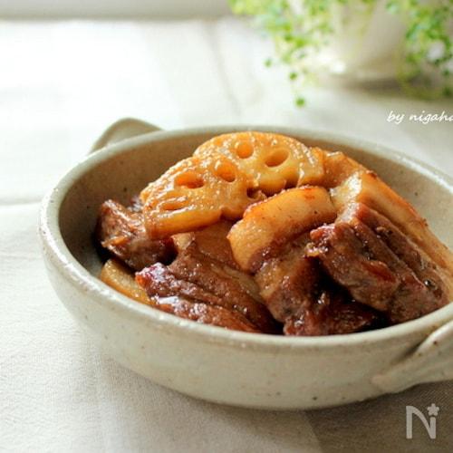 フライパンで簡単☆豚バラとレンコンの照り煮