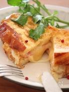 ハム&チーズフレンチトースト。