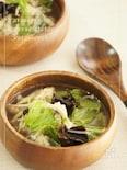 胃腸に優しい鶏胸肉ときのこのさっぱりスープ