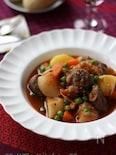 豚肉とカブの赤ワイン煮