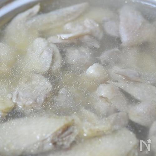 昔ながらのおばぁちゃんの味・鶏の水炊き <全工程写真>