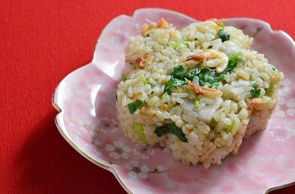 桜えびと里芋の炊き込みご飯