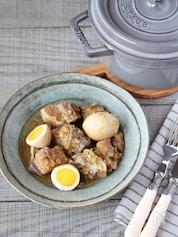 豚肉と卵のココナッツ煮込み