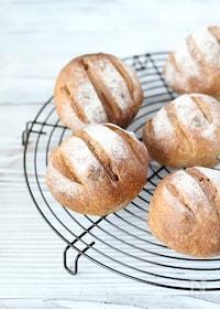 『【天然酵母パン】全粒粉くるみレーズン』