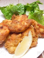 米粉で鶏カタ肉のスパイシーカレー揚げ