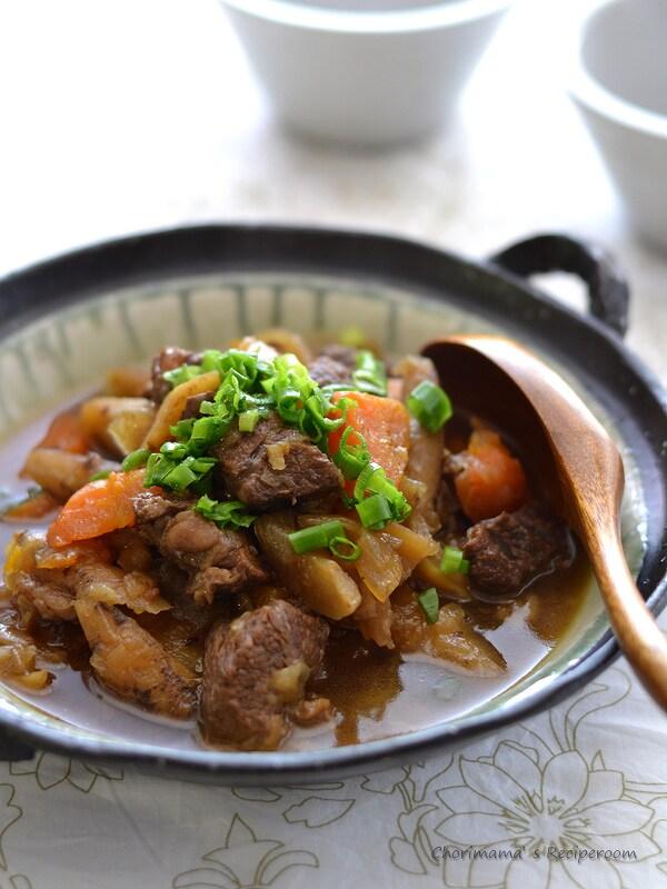 圧力鍋で!牛すね肉とごぼうの黒酢煮