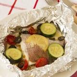 鯛のアクアパッツァ風塩レモンホイル焼き