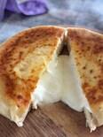 チーズとろり♡『インドカレー屋さんのチーズナン』