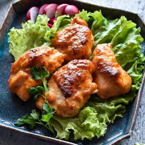 鶏むね肉のピリ辛味噌マヨ焼き【下味冷凍OK】